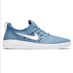 Nike SB Nyjah FREE Thunderstorm Shoes Size 7 (W)